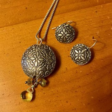 Precious Metal Clay Exploration with Dori McClennen